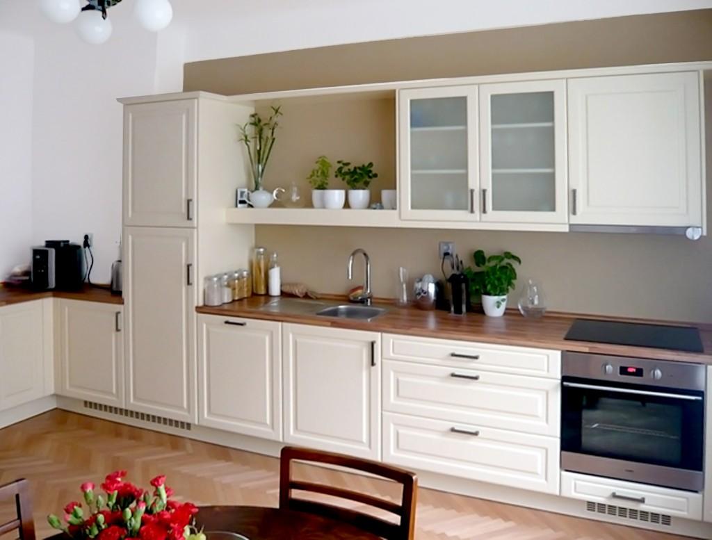 Kuchyňská linka dle inspirativní fotografie na míru.
