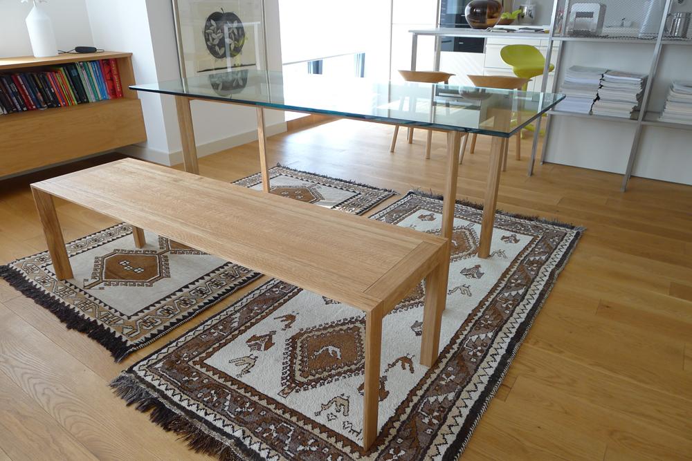 Jídelní stůl s lavicí na míru